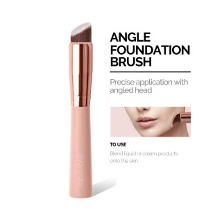 EM ANGLE FOUNDATION BRUSH