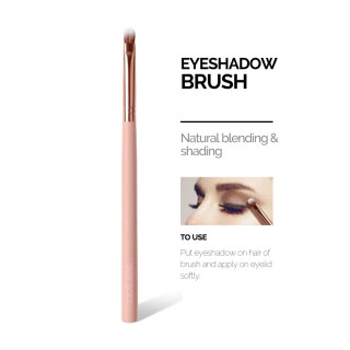 EM  EYESHADOW BRUSH